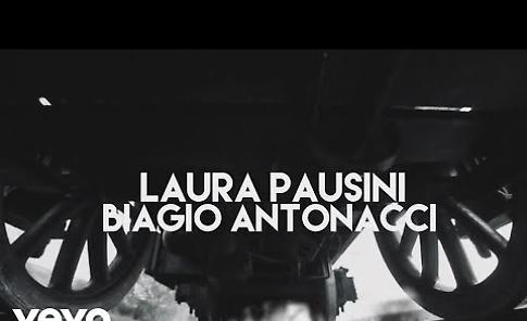 VIDEO Biagio Antonacci e Laura Pausini, In questa nostra casa nuova