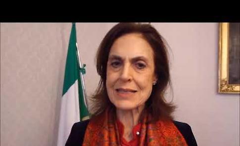 Gli auguri del prefetto Paola Picciafuochi