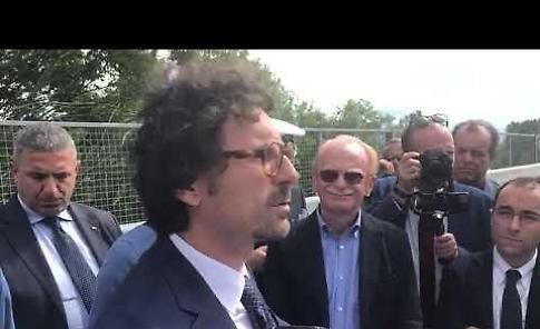 VIDEO1 La visita del ministro Danilo Toninelli al ponte sul Po