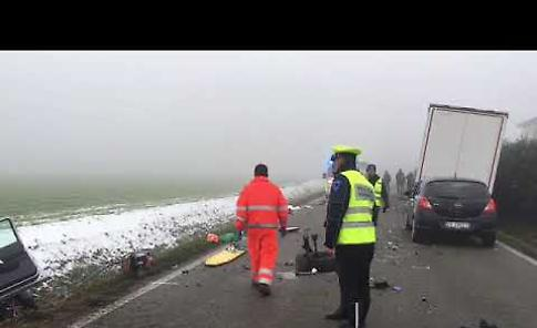 VIDEO Lo scontro frontale auto-camion a Chiavenna Landi