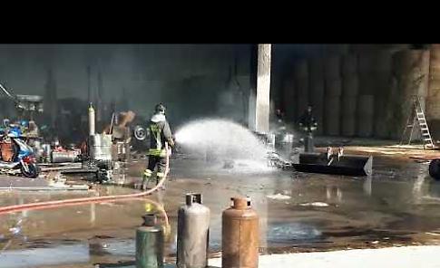 VIDEO I vigili del fuoco sall'opera alla cascina Respaglie