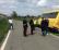 Scuolabus fuoristrada con 16 studenti a bordo, tutti illesi