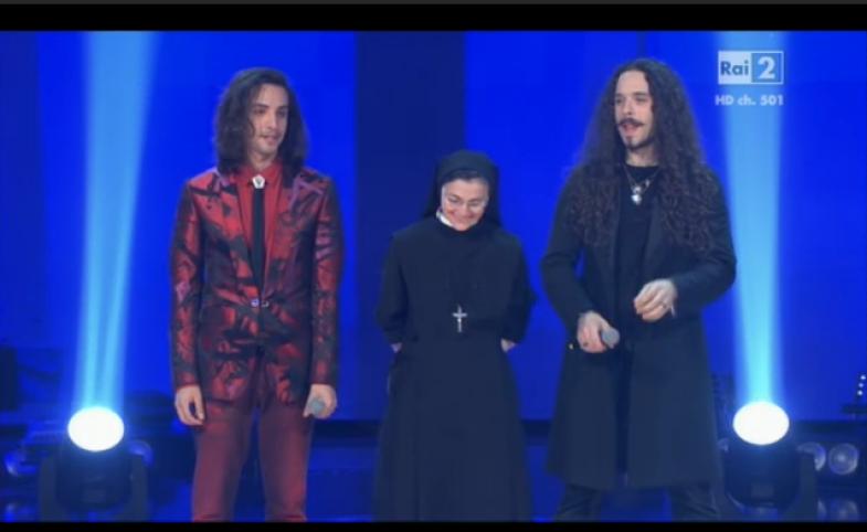 Suor Cristina fa breccia nel pubblico e vince The Voice - La
