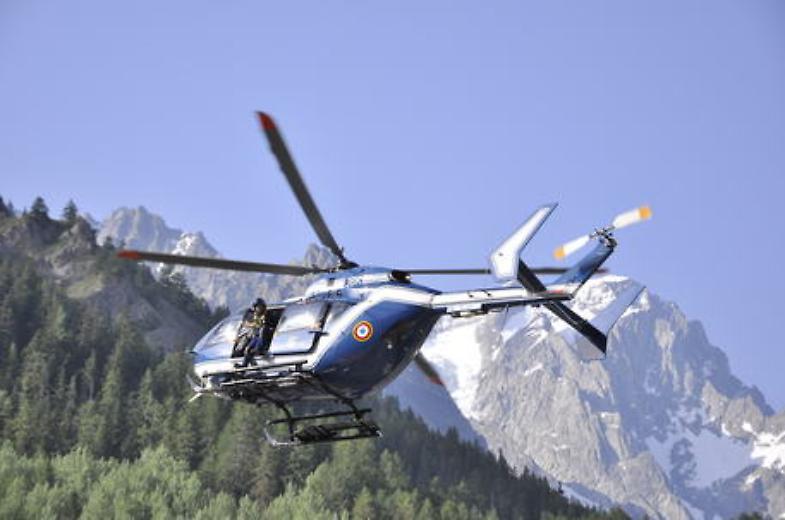 Cadono sul Monte Bianco, morti due alpinisti Genoani - Cronaca nazionale Genova