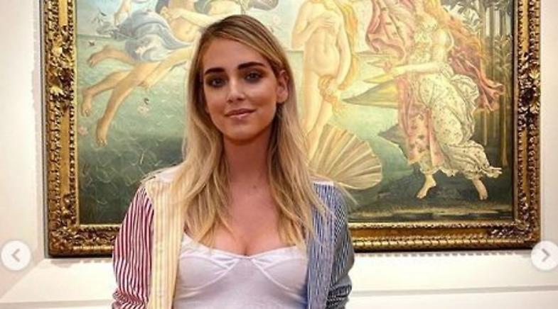 Chiara Ferragni agli Uffizi, Fedez difende la moglie dalle polemiche