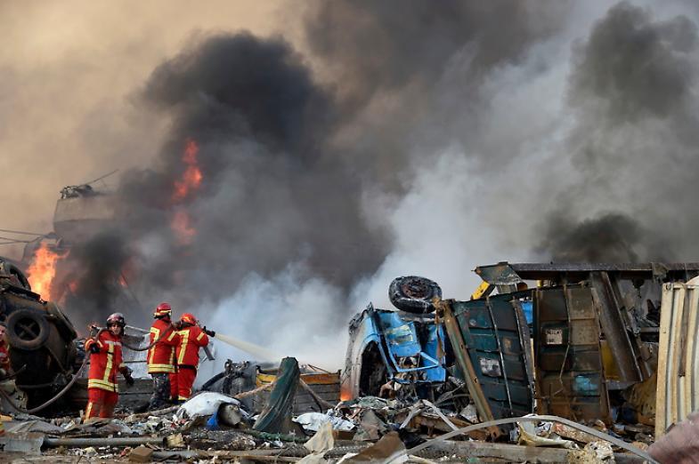 Esplosione in Libano, i Vigili del fuoco italiani in soccorso a Beirut