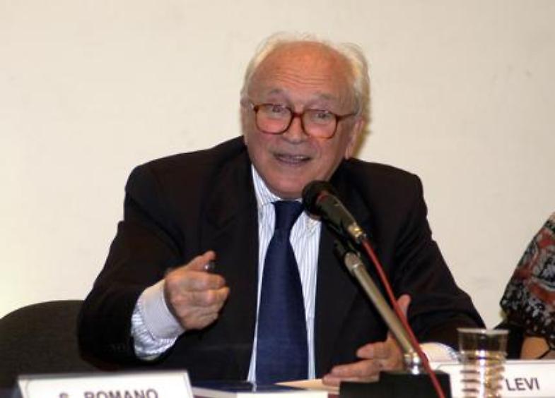 Lutto nel mondo del giornalismo, ci lascia Arrigo Levi