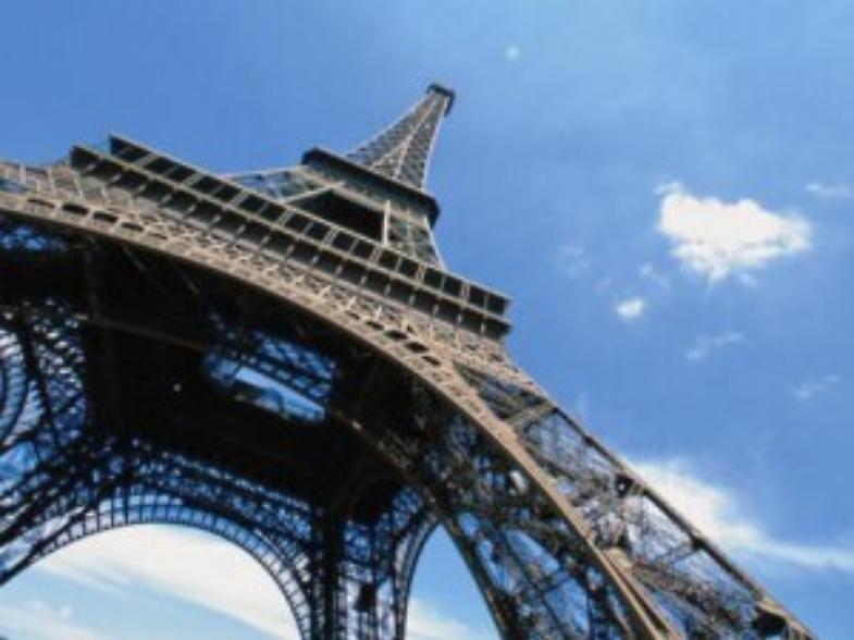 Francia, uomo decapitato: ministro Interno rientra dal Marocco