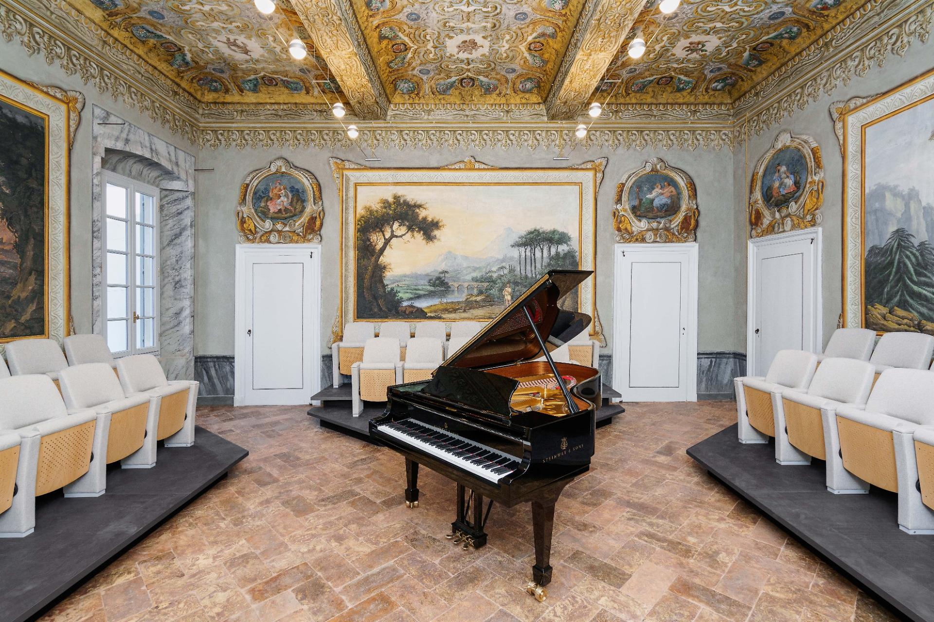 Sala Stradivari Palazzo Staufer